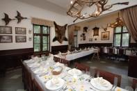 Restaurace Stara Myslivna Konopiste Svatby Stolove Usporadani 12