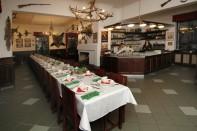Restaurace Stara Myslivna Konopiste Svatby Stolove Usporadani 15