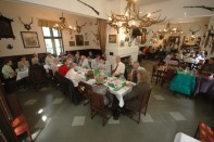 Stara Myslivna Konopiste Restaurace Svatba 35h