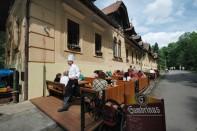Restaurace Stara Myslivna Konopiste Zahradky 06
